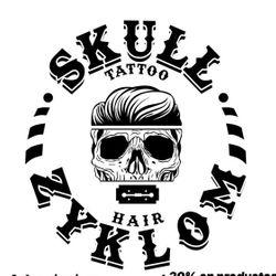 Skullzyklom SL, Calle Veedor 22 (Esquina con Plaza del Mentidero), 11003, Cádiz