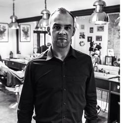 Adrian Rostkowski - Barberian Academy & Barber Shop Emilii Plater 25 Warszawa