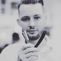 Patryk Drewnowski - Short Cut Barbershop Karmelicka
