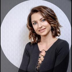 Monika Szostak - Studio Fryzur i Urody Monari