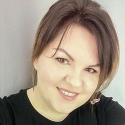 Karolina - Beauty Service
