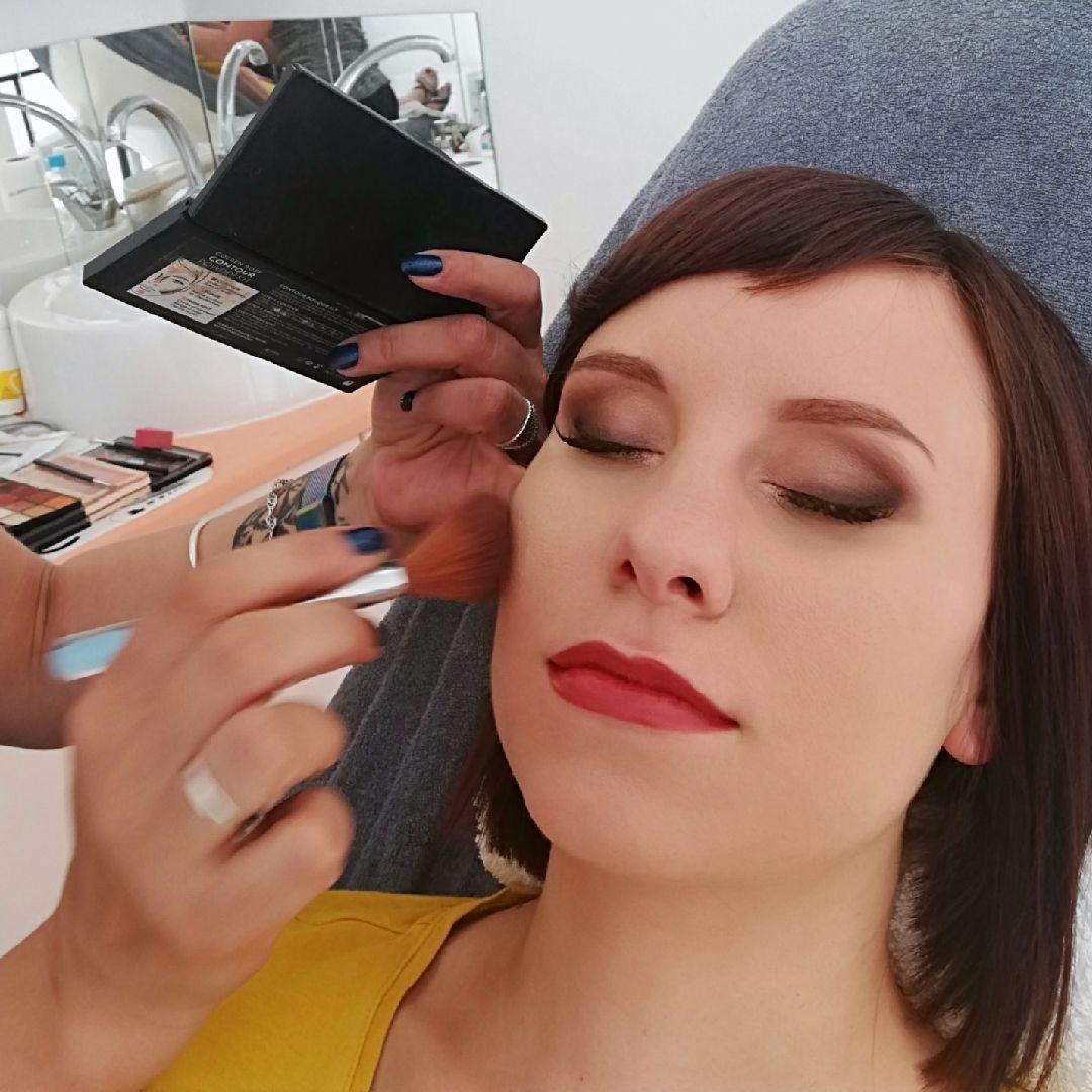 Salon Kosmetyczny, Makijaż - NEFREZJA Gabinet Kosmetyczny