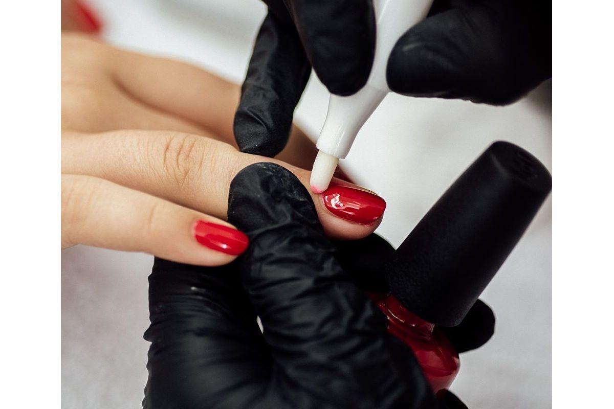 Manicure Hybrydowy Ursynów
