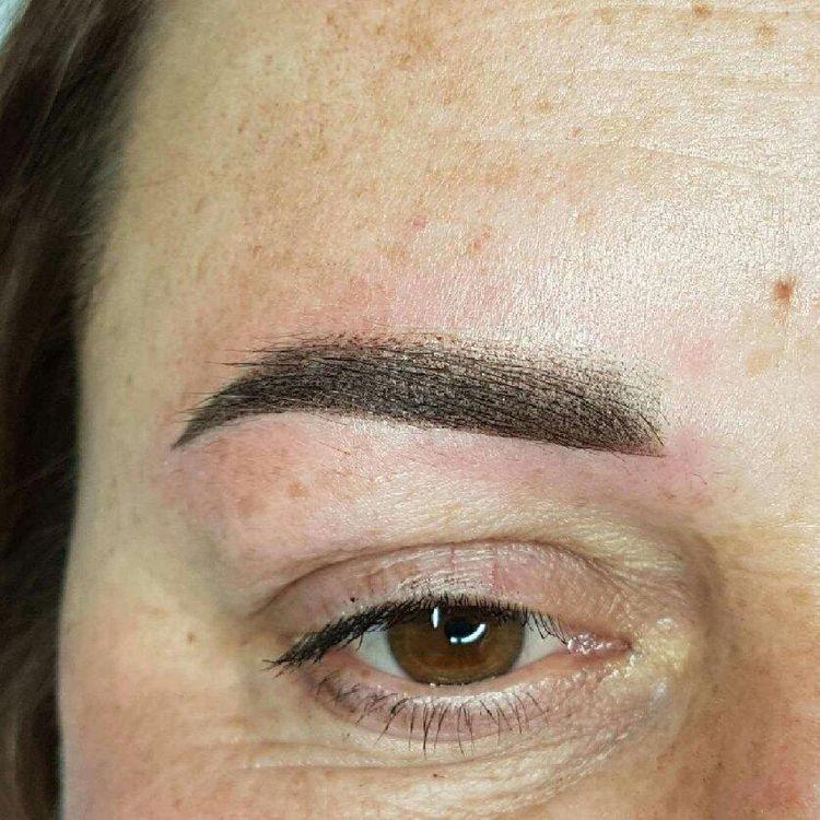 Makijaż permanentny metodą Ombre