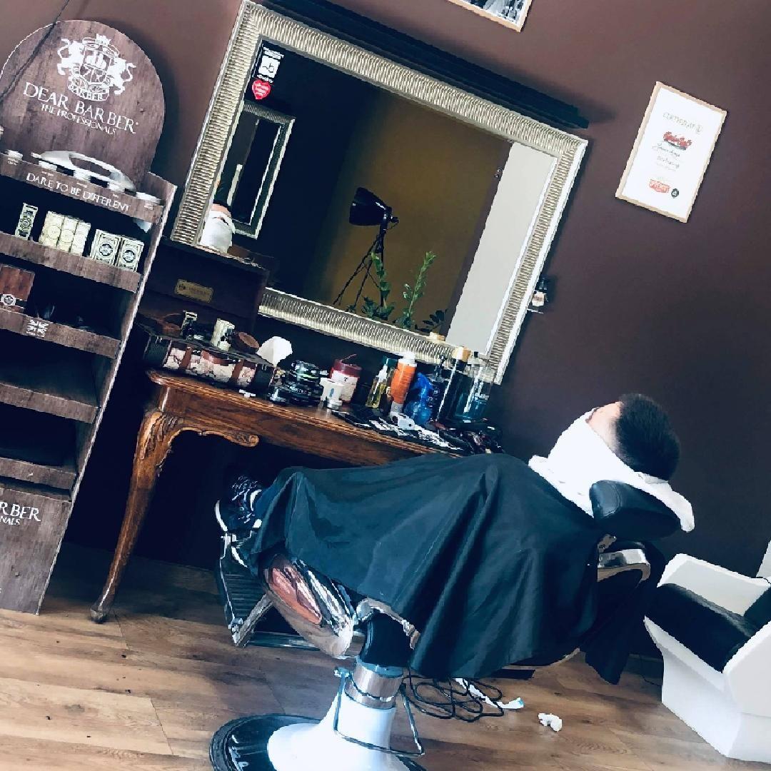 Barber shop - Tonsor Men Academy - ul. Traugutta