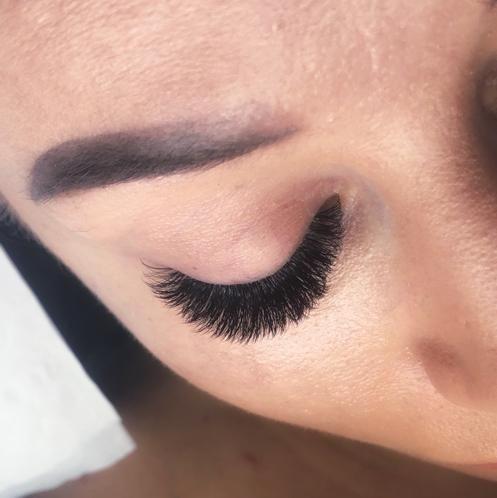 Salon Kosmetyczny, Brwi i rzęsy - Zalotką potraktowane- stylizacja rzęs/ szkolenia Joanna Grygo