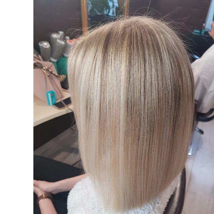 Piękny blond, strzyżenie i pielęgnacja w wykonaniu Izy