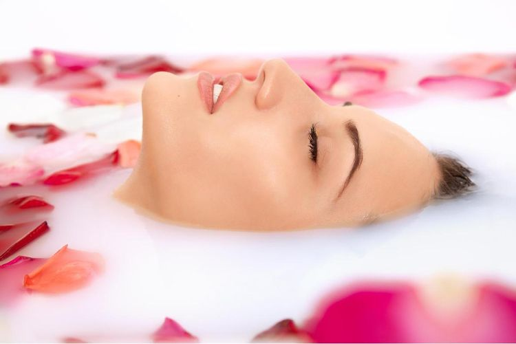 NATURAL BEAUTY stomatologia, medycyna estetyczna, kosmetologia, pielęgnacja paznokci