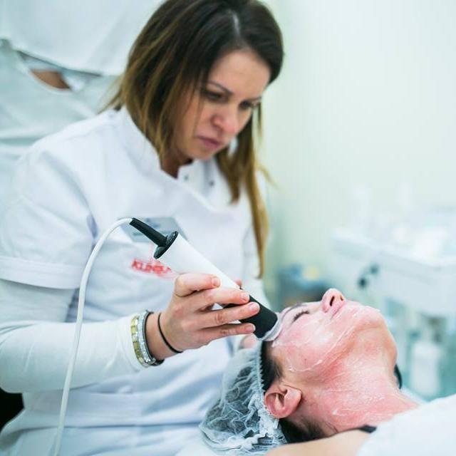 Salon Kosmetyczny, Medycyna Estetyczna - Gdańska Klinika Urody