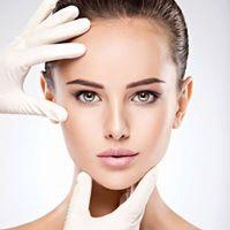 Zapraszamy do skorzystania z naszej szerokiej oferty zabiegów z medycyny estetycznej :-)