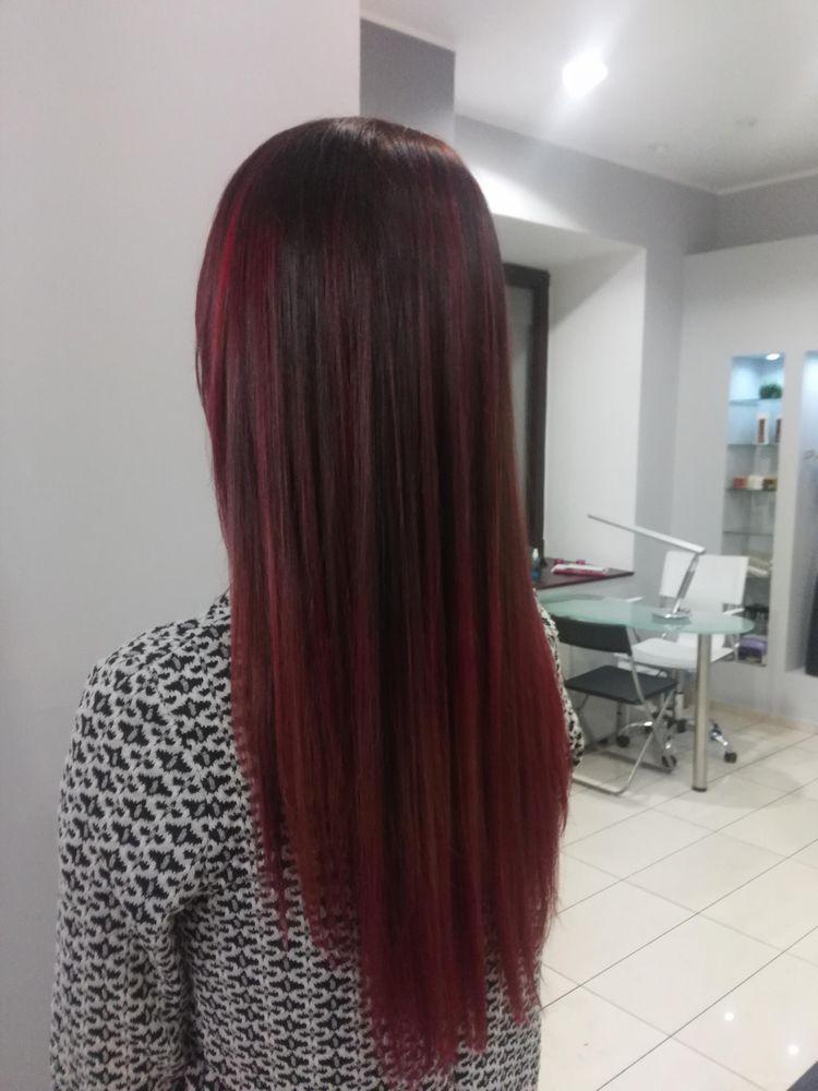 Keratynowe prostowanie włosów - włosy długie