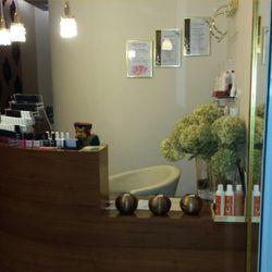 Le mani salon piękna, Kobielska 23 /C03 GALERIA GROCHÓW, 04-359, Warszawa, Praga-Południe