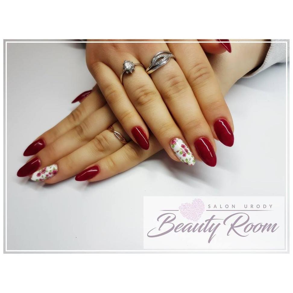 Brwi i rzęsy - Beauty Room Salon Urody