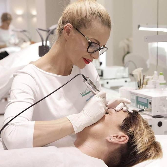 Salon Kosmetyczny, Medycyna Estetyczna, Brwi i rzęsy - Mirabell Salon Kosmetyczny