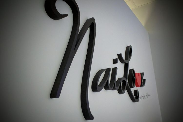 NaiLove