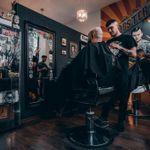 Petit Pati Barber Shop - Komuny Paryskiej