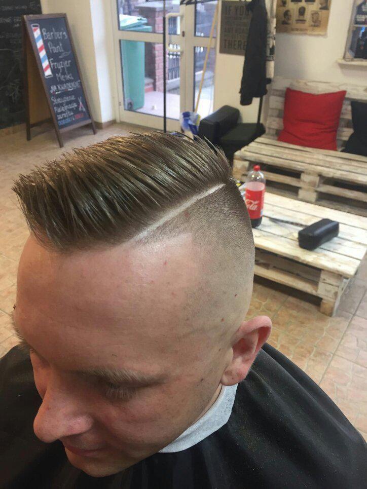 """Barber shop, Fryzjer - Barber's Point Fryzjer Męski """"Na kwadracie"""""""