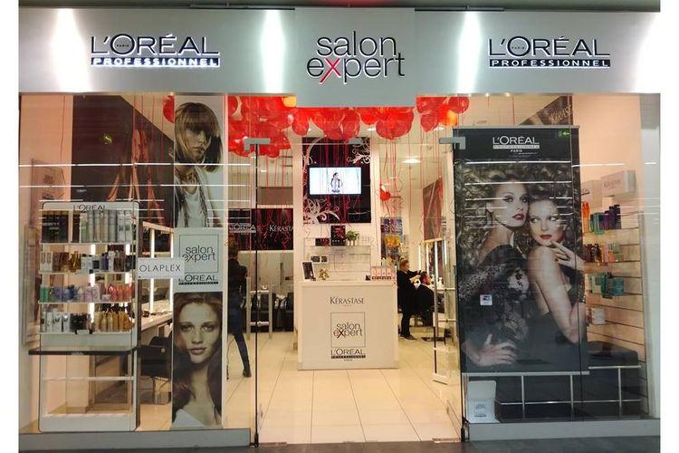 Salon L'Oreal C.H. Auchan