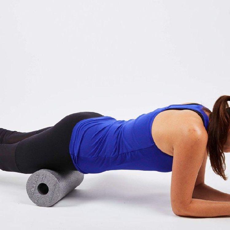 Rolowanie mięśni uda - świetna forma autoterapii i regeneracji