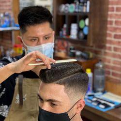 Kevin López - Coral's Barbershop