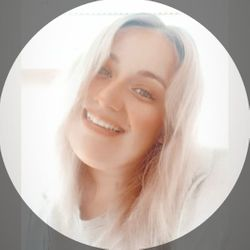 Noelia - Debut Peluquería