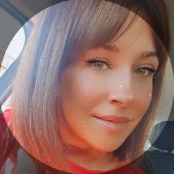 Pilar Rojano - Debut Peluquería