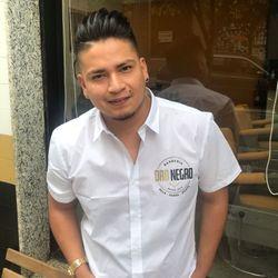Charles Cuenca - Barbería Oro Negro Salamanca