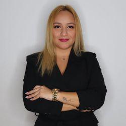 Brenda Espinoza Jaramillo 🇵🇪🇪🇸 - Harold - Centro de estetica uñas - barberia