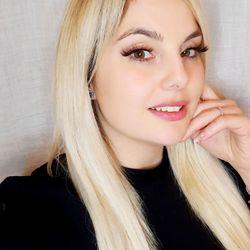 Elena - Valquiria Beauty