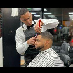 Albaro Pérez - The Brothers Barber shop