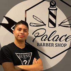 Moi - Palace barber (Sagrada familia)