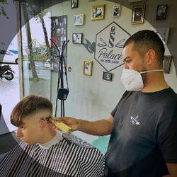 Jhon - Palace barber (Sagrada familia)