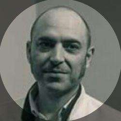 Roberto Martín - Barbería El Mentidero