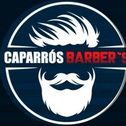 Caparrós Barber's, Escuelas, Bajo 3, 18510, Benalúa