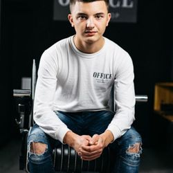 Adam sexton - Office Barbershop