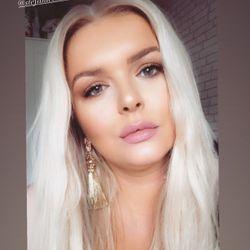 Olivia Ellis - Godiva luxury hair extensions