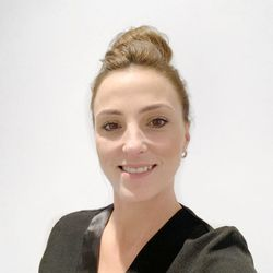 Nicole - Laura Kay London