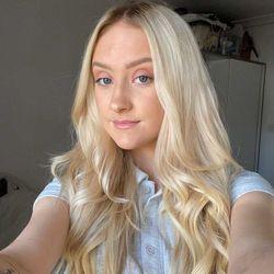 Ellie - Nevaehs Hair & Beauty & Les Barbershop