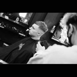 Bianca - twenty eight barbers