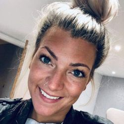 Jodie Davies (salon owner) - Bilouair Hairdressing