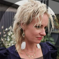 Alexi Watson - Shiva Shakti Hairdressing, Barbering, Yoga & Reiki Healing