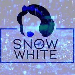 snow white aesthetics, 200a market street, SK14 1HB, Hyde, England