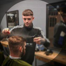 Dan Eardley - Huntsman - Male Grooming & Academy