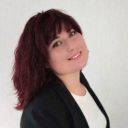 Monika Burzak - Naetika Salon & Nail Academy