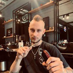Marcel - THE BRO Barbershop A.Studniarskiego