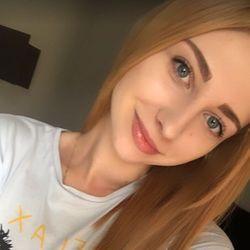 Yana - Rączki Nóżki Studio Piękności