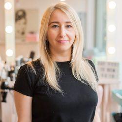 Olga - The Girls Beauty Bar