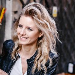 Katarzyna Gralec - ...oMałyWłos
