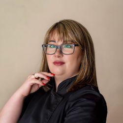Sandra - BOSTON BEAUTY Salon  Kosmetyczny