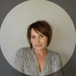 Monika Kobas - Studio Fryzur i Urody Monari